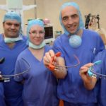 le-chirurgien-opere-et-teleporte-ses-yeux-au-japon 3