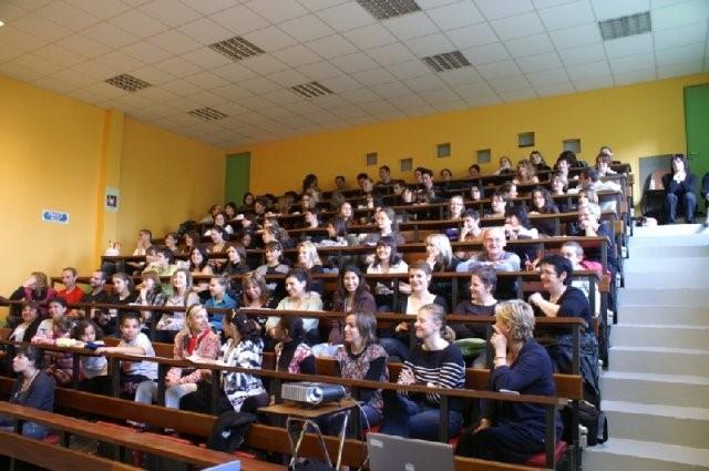 France Adot 21 Conférence Ecole d'infirmières Quetigny