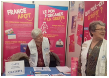 France Adot 21 Stand d'information